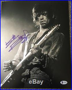 KEITH RICHARDS SIGNED AUTOGRAPH ROLLING STONES YOUNG GUITAR 11x14 PHOTO BECKETT