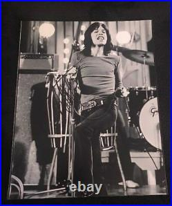 MICK JAGGER SIGNED 8X10 PHOTO THE ROLLING STONES WithCOA+PROOF RARE WOW